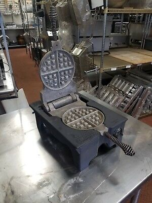 Vintage F.S. Carbon Cast Iron Commercial Rugged Waffle Maker