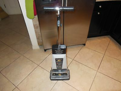 806 Koblenz P-2600 Commercial Floor and Carpet Shampoo Polisher Scrubber & Attch