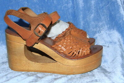vtg 70s LEATHER DONUT HOLE WEDGE WOVEN VAMP heel strap made in india size 8
