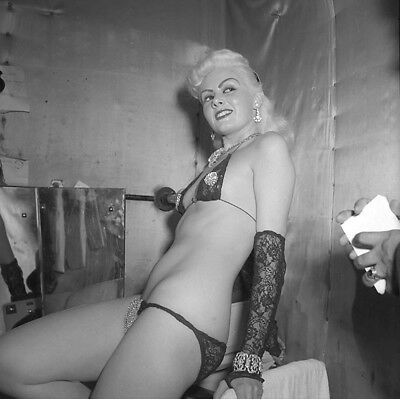 Vintage UNIDENTIFIED Original STRIPPER B&W 120 Film Negative (NUDES)