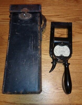 Vintage/Antique Ferranti AC Amperes Ammeter No. F 182512 With Leather Box