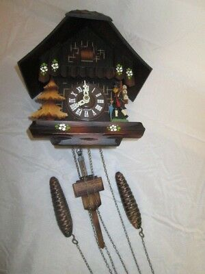 Cuckoo Clock / Brown / Pine Cone Weights / NOT TESTED!