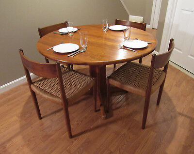 "47"" Round Danish Modern Mid-Century SOLID Teak Dining Table with Extension Leaf"