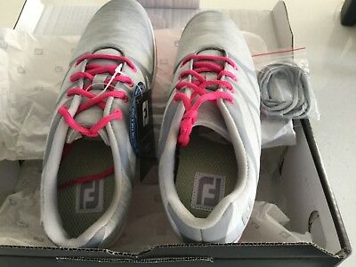 FOOTJOY LADIES GOLF SHOES NEVER WORN - Size 8.5