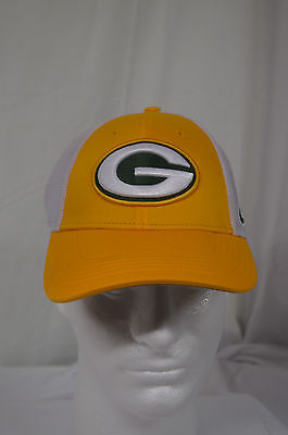deebaff69a1e1 NEW Nike NFL GREEN BAY PACKERS Legacy Vapor Mesh Fitted Hat Cap S M 1 of 7FREE  ...