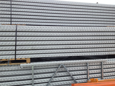 Apex Used Pallet Racking 24 bays 5m H x 900mm D 2700mm W x 4 Levels x 2T