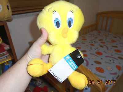 NWT Warner Bros Looney Tunes Tweety Bird Stuffed Animal Plush Doll