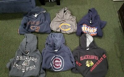 Lot of youth 6 hoodies ( chicago Teams)
