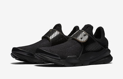 new concept a1e65 e776d New NIKE Men s Sock Dart SE Sneakers Running Shoes Triple Black 819686-001