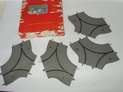 Triang Minic M.1621 Roundabout motorways sections. Boxed & complete. OO scale