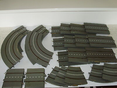 Triang Minic Motorways roadway sections x 28p. Good useable condition. OO