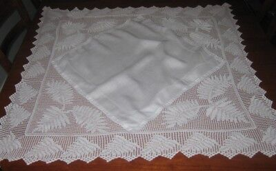 Vintage Tablecloth ~ Filet Lace & Cotton ~ White ~ Square