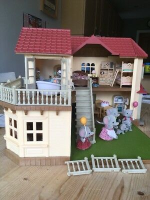 Sylvanian Families Beechwood Hall House Fully Furnished With Elephant Family