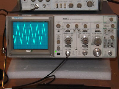 Tektronix 2235A Two Channel 100MHz Oscilloscope with Delayed Sweep, Cover