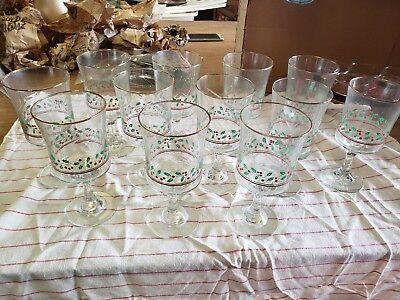 Arbys Christmas Holiday Holly Berry Stem Water Goblet Glasses Qty 12
