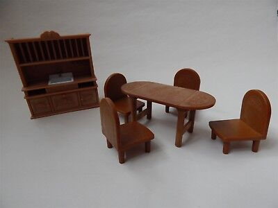 Sylvanian Families - Vintage Acorn Welsh Dresser, Table and Chairs - Epoch