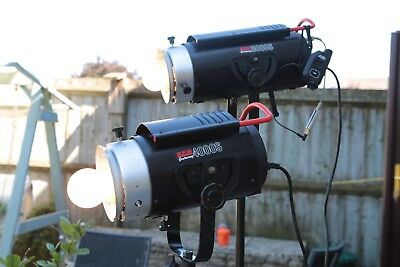 Courtenay 8000 and 4000 S Flash Heads, Umbrellas and Stands.