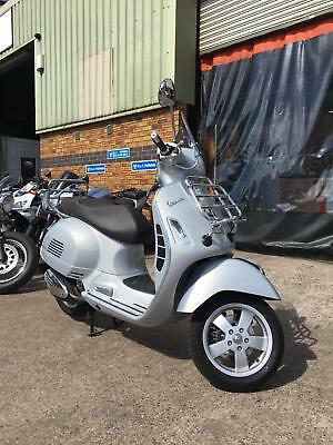 Piaggio Vespa GTS300 touring In mint condition 3 month warranty 12 month mot