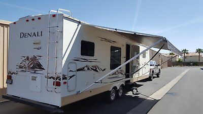 2007 DUTCHMEN DENALI 30 ft  Travel Trailer 50 amp 2 A/C 2 slides Non Smoking