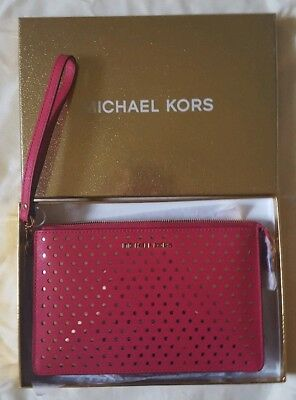 5e5e87ae3617 NEW IN BOX Michael Kors Ultra Pink Gusset Wristlet Purse Clutch ...