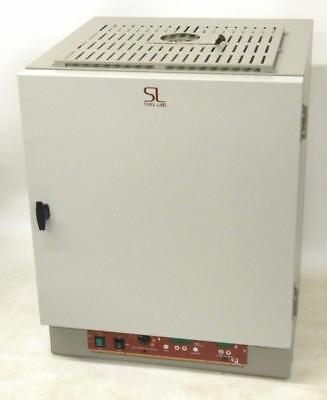 Sheldon Shel-Lab CE3F 3 Cu. Ft. Forced-Air Oven Ambient +15 to 240ºC