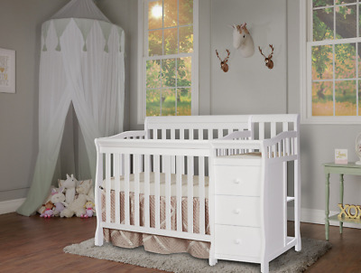 Convertible Baby Crib Built In Changer 4 in1 Toddler Bed Nursery Furniture White
