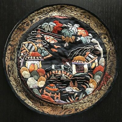 Fine Antique Chinese Silk Roundel Embroidery Scholar Art Colorful Landscape Home