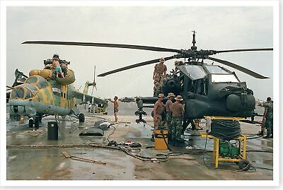 1st Cavalry Division Soldiers Inspect Mi-25 Hind Helicopter 8 x 12 Photo