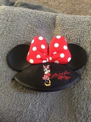 Disney Parks Minnie Mouse Love & Kisses Red Polka Dot Bow Ears Hat Youth NWT