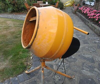 electric cement mixer master mix B&Q Good Condition