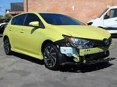 2016 Scion iM 6M 2016 Scion iM Hatchback Salvage Repairable! Great Color! Must See! Great MPG!