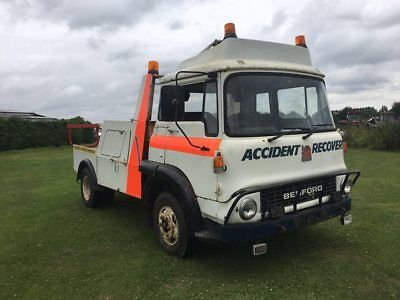 bedford tk recovery 6 cylinder petrol