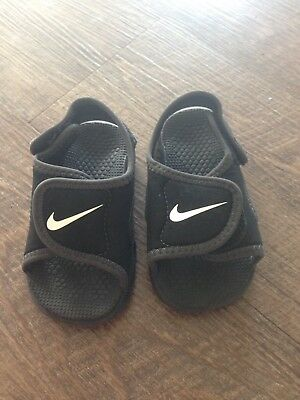 92e26ff4b3bc TODDLER BOYS NIKE Sunray Adjust Sandals Water Shoes - Size 5C Black ...