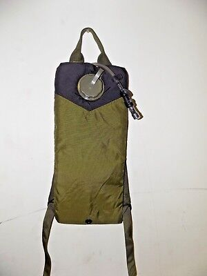 US Military MOLLE CamelBak Storm 3L 100 oz Hydration Pack Carrier OD Green USGI