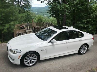 2011 BMW 5-Series Leather Power Sunroof Loaded 2011 BMW 535i