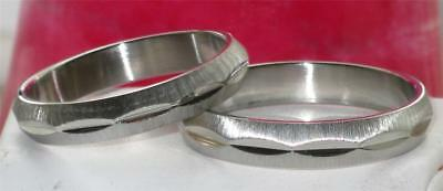 STAINLESS STEEL NEVER TARNISH  4MM MENS OR WOMENS  wedding ring BAND RING  STR47