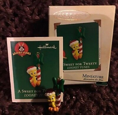 2003 Hallmark Keepsake Ornament A Sweet For Tweety Looney Tunes Miniature