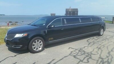 2014 Lincoln MKT  2014 Lincoln MKT Limo Limousine Livery Executive Coach Builders One Owner Clean!