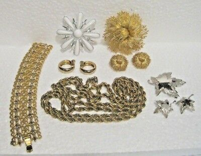 Vintage Lot Of Mostly Monet Misc Jewelry Items