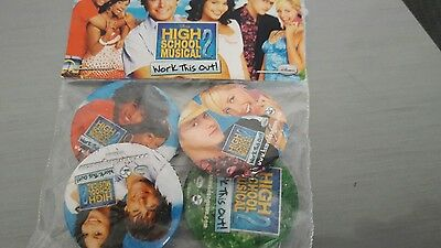 Walt Disneys High School Musical 2 - 4 Buttons Neu & OVP