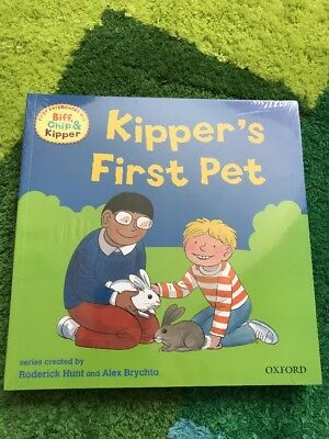 Biff, Chip And Kipper's First Experiences Books x 8 Brand New Unopened!