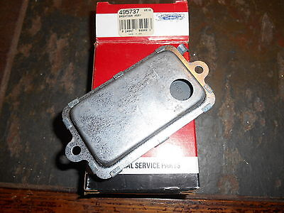 NOS Briggs and Stratton OEM Breather Assembly 495737