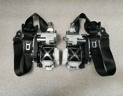 Mercedes  M-Class W166 Front Left And Right Pre-Safe Seat Belt Seatbelt  Set