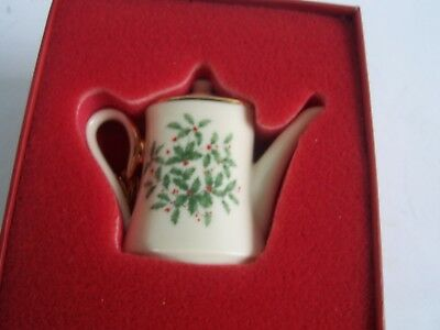 Lenox Holiday Teapot Christmas Ornament Holly Berry