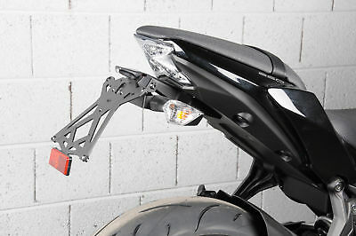 Kawasaki Z 650 2017 > Kit Portatarga Lightech Catadiottro Luce Targa Omo