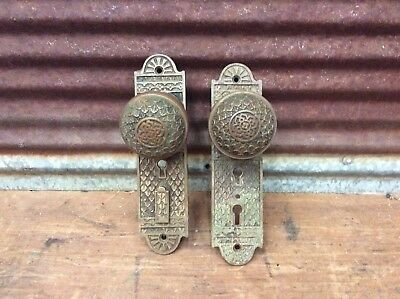 Set Of Antique Brass Victorian Door Knobs And Playes  Ready To Use