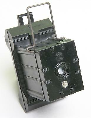 BOXED 1930s 'UNIVEX' PLASTIC FILM CAMERA, LOADED WITH FILM, PLUS INSTRUCTIONS