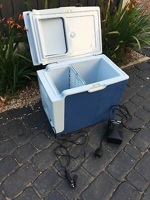 HOUSE CLEARANCE ATTIC FIND Trailer Tent camping Picnic 12 Volt Cool Cooler Box