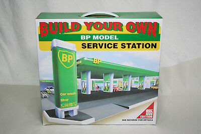 Build Your Own BP Model Service Station – 1995 Edition - Sealed Box