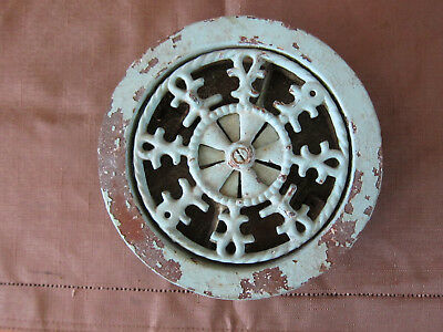 Antique heat grate vent Tuttle and Bailey 6 inch functioning victorian 1875 1878